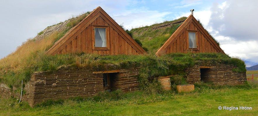 Möðrudalur at Öræfi turf house
