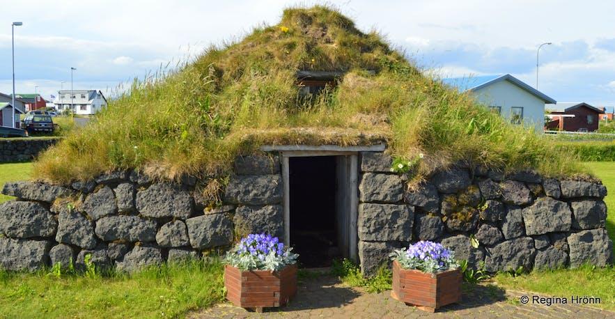 Þuríðarbúð fishermen's hut in South-Iceland