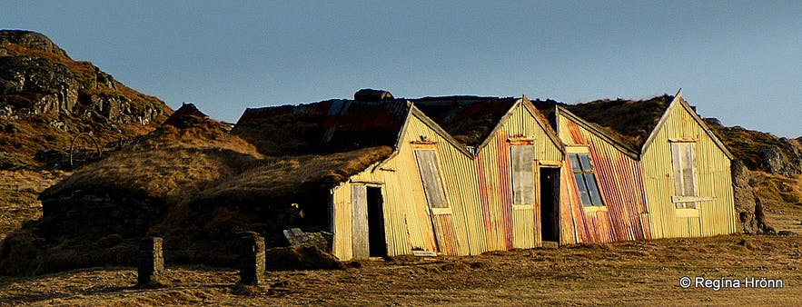 A dilapidated turf house in West-Iceland