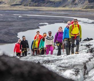 Scoperta del ghiacciaio a Sólheimajökull   Difficoltà facile