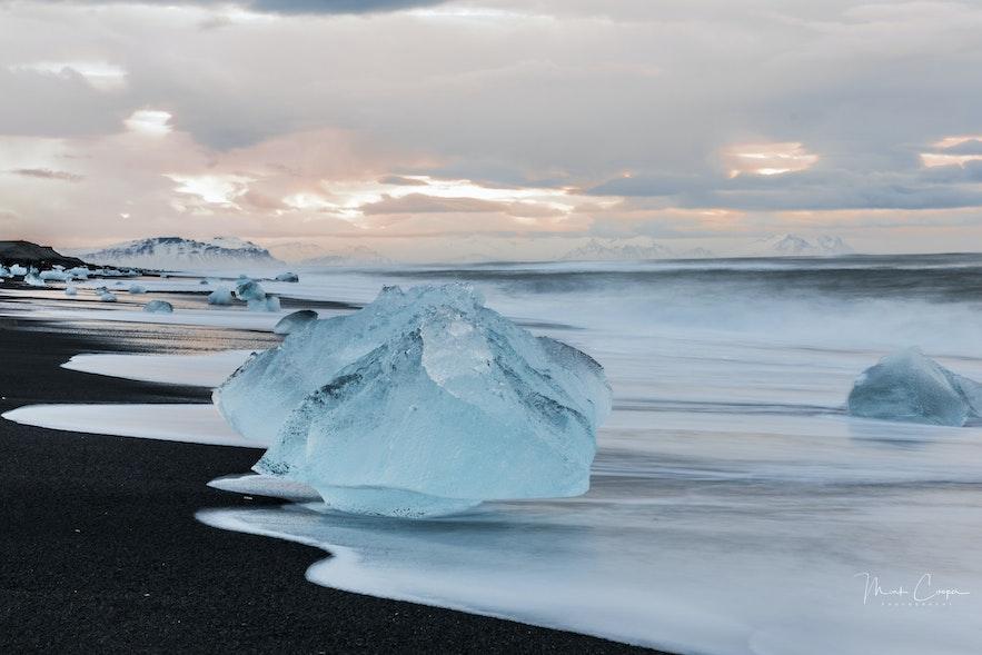 冰島鑽石沙灘冰塊