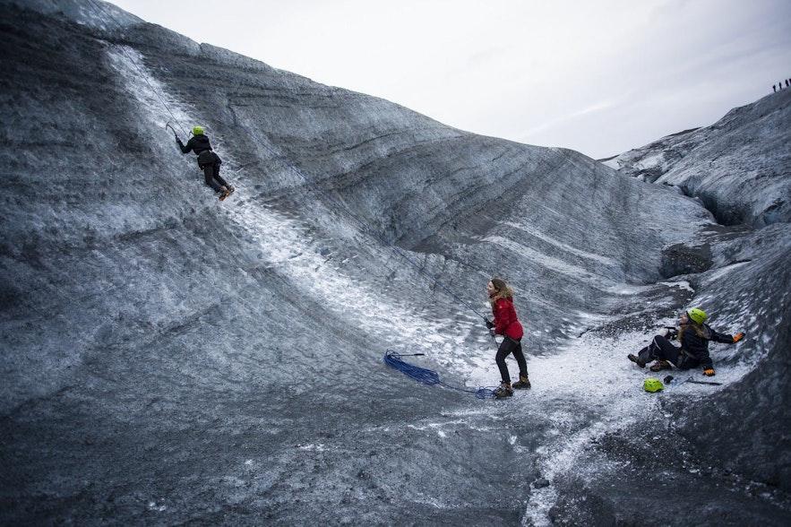 冰島斯卡夫塔攀冰