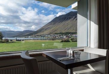 Отель Ísafjörður