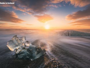 Diamond Beach is the stretch of coastline where ice bergs wash up on the shoreline, making for fantastic pictures.