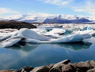 Jokulsarlon Glacier Lagoon Tour | Small Group & a Zodiac Boat Ride