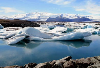 Jokulsarlon Glacier Lagoon Tour | Small Group & a Zodiac Boat Ride