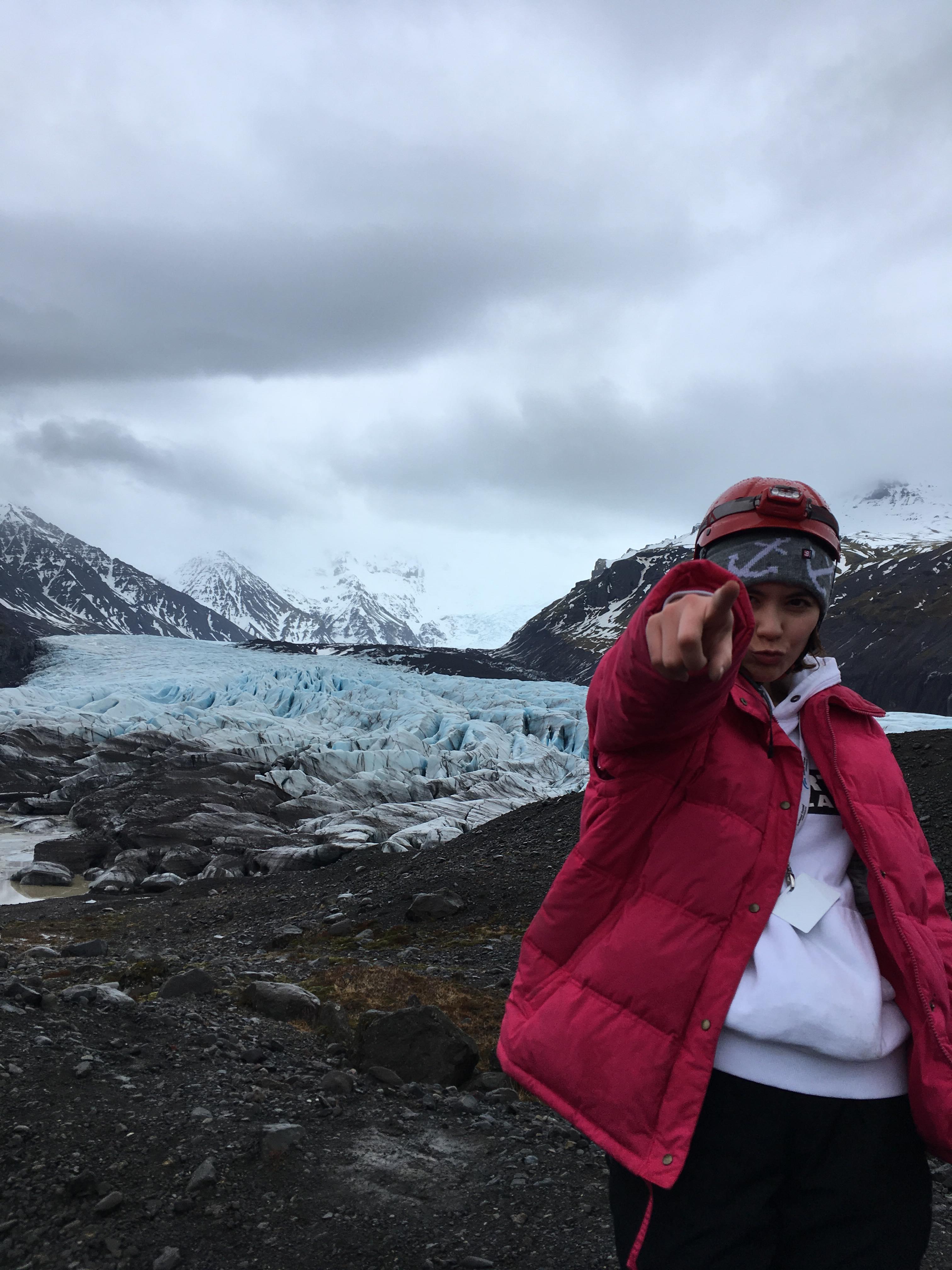 アイスケーブツアーでCOOLな体験をしてきました!
