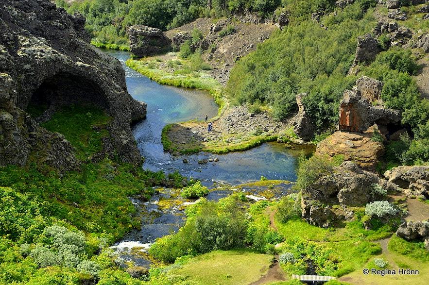 Rauðá river in the Highland - Gjáin as seen from above