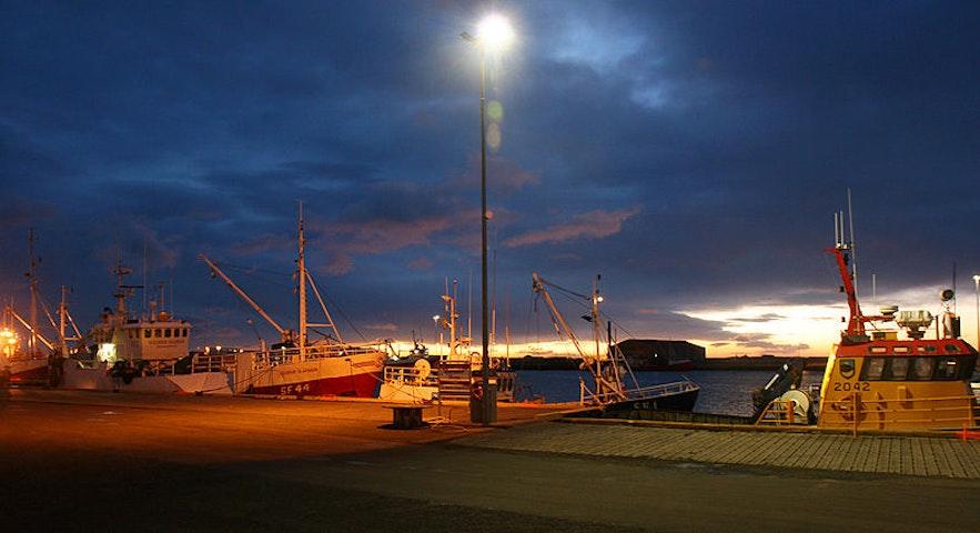 Havnen i Höfn í Hornafirði.