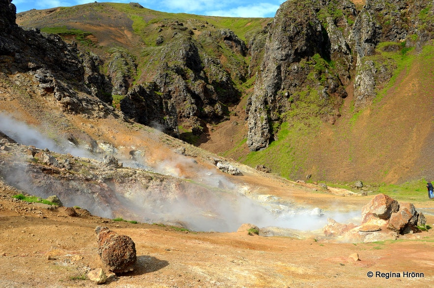 The geothermal area by Klambragil