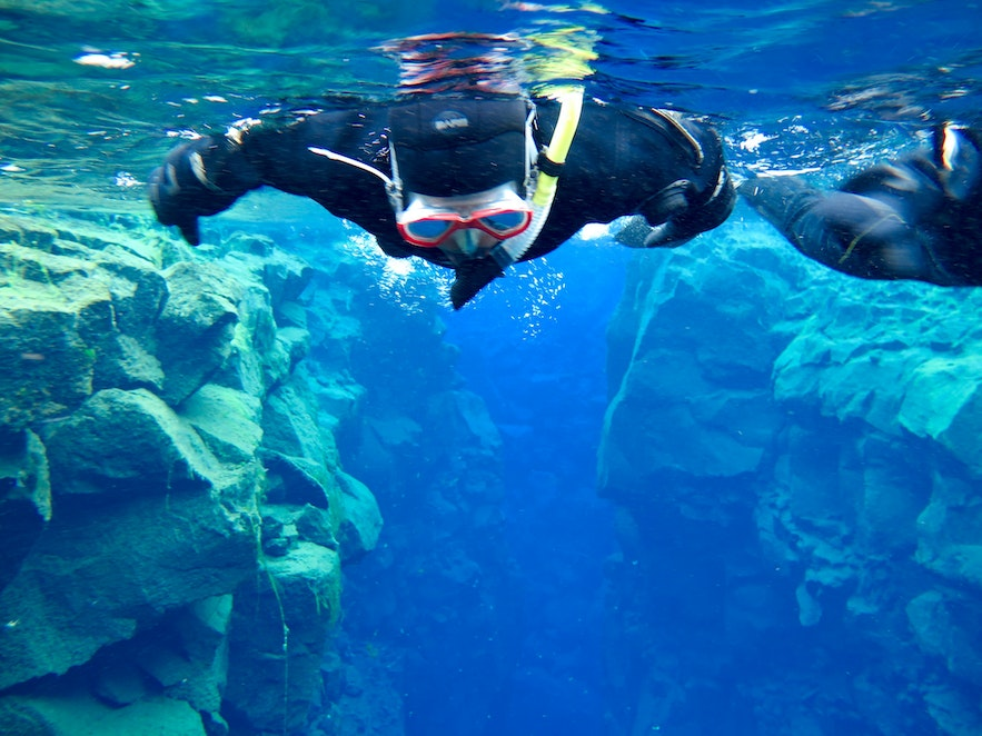 Snorkelling Silfra | Guide to Iceland | Diving in Iceland