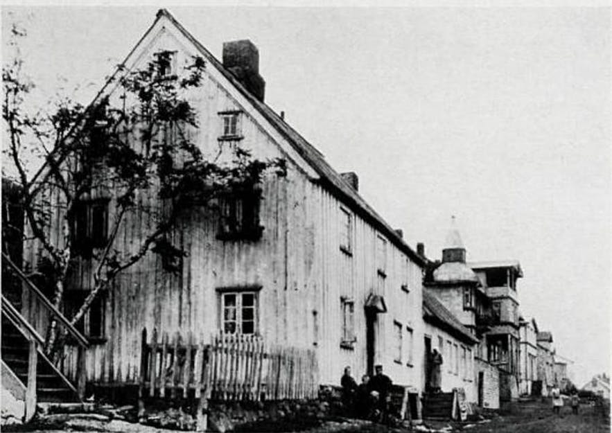 The oldest hospital in Akureyri's young history. The building was constructed in 1835.
