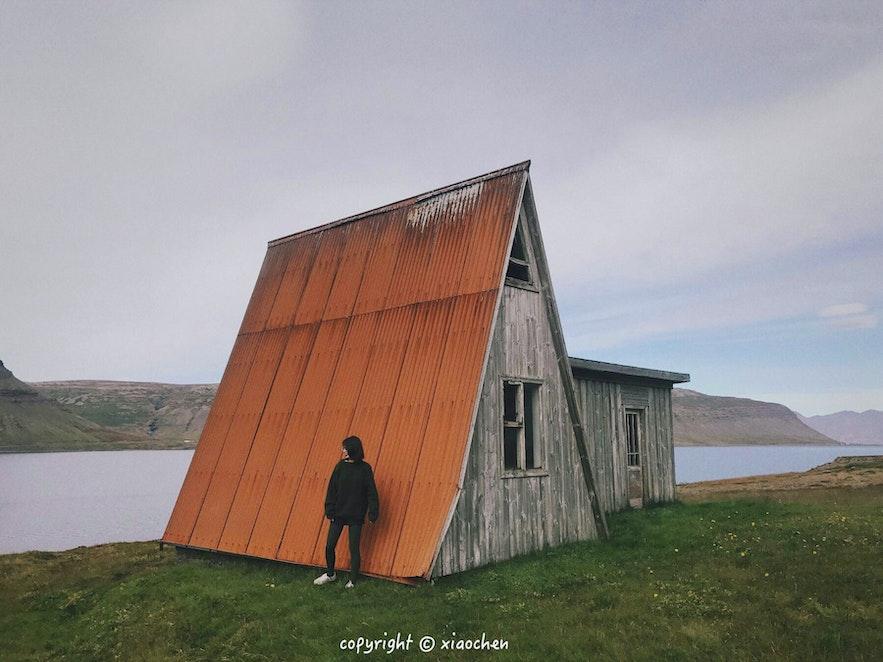西峡湾地区的无名风景-美丽的小房子