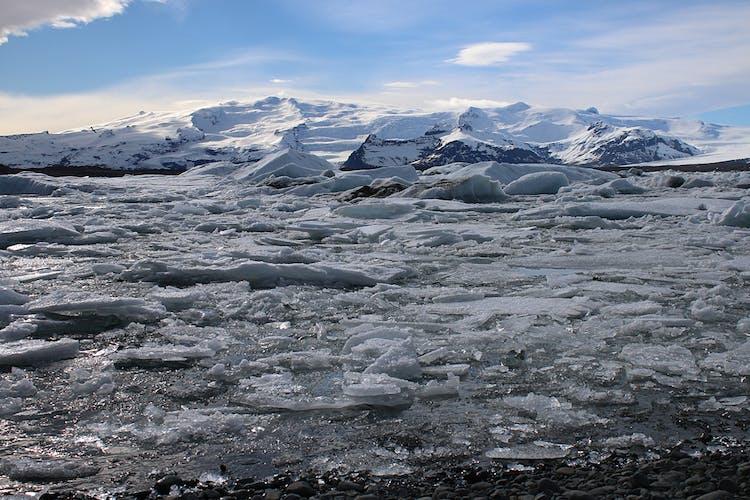 Icebergs floating on Jökulsárlón glacier lagoon.