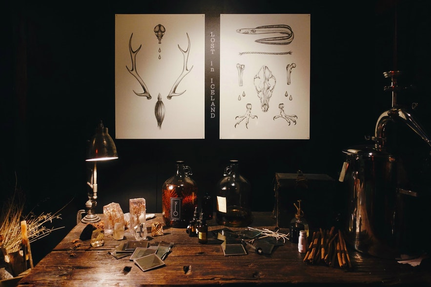 冰岛首都雷克雅未克Sigur Rós创始人Jónsi的生活方式概念店Fischer-香水工作台