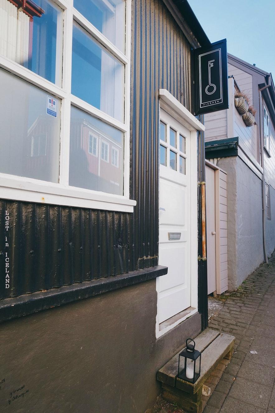 冰岛首都雷克雅未克Sigur Rós创始人Jónsi的生活方式概念店Fischer-店铺门口