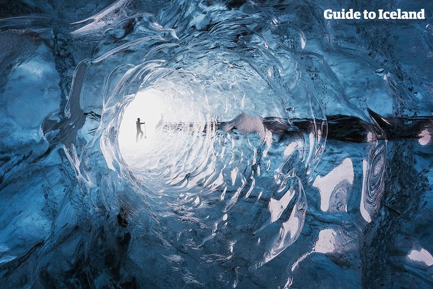 ถ้ำน้ำแข็งมีรูปทรงและขนาดที่หลากหลาย