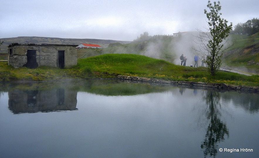 The Secret lagoon S-Iceland