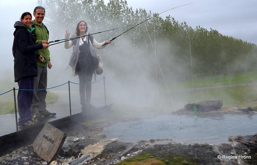 Regína Cooking an egg in the hot spring Vaðmálahver