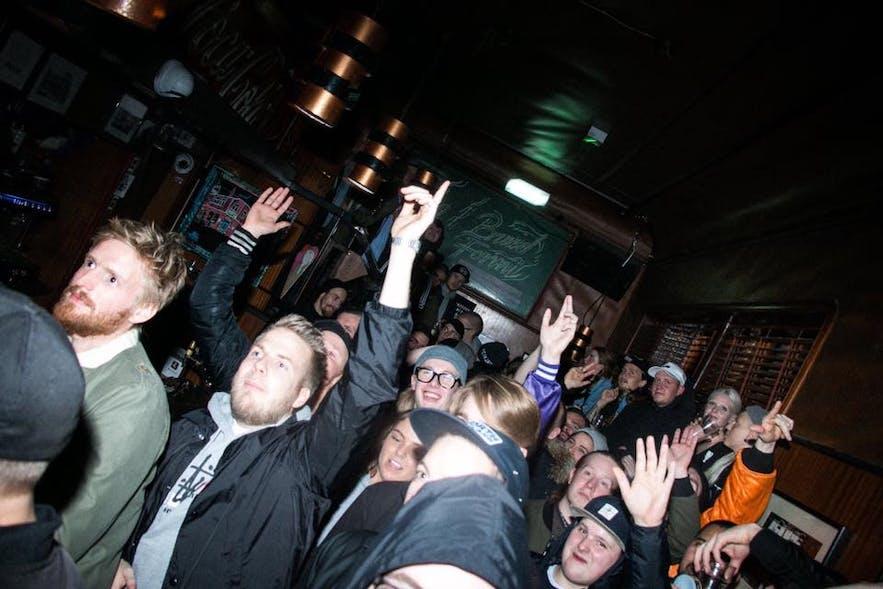 Prikið es el lugar de moda para los amantes del hip hop en Islandia.