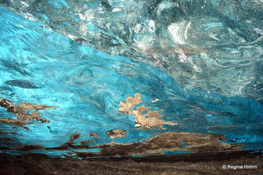 Inside Fláajökull glacier ice cave