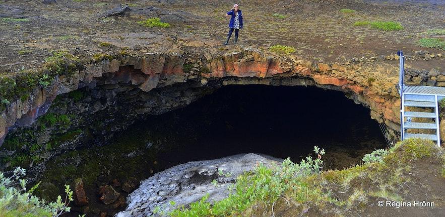Regína by Lofthellir cave