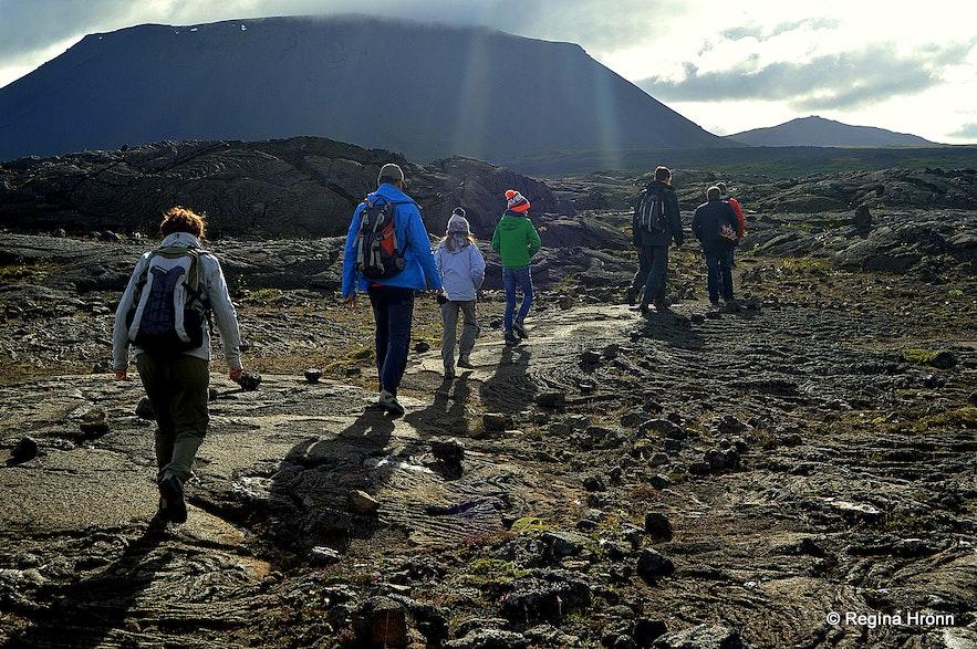 Hiking to Lofthellir cave