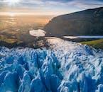 3 tours en 1 con actividades en paquete con descuento | Motonieve, caminata por un glaciar y cueva de hielo