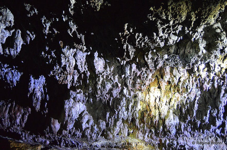 The Colourful Vatnshellir Lava Cave on Snæfellsnes in West-Iceland & its Beautiful Lava Formations