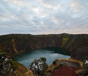 Golden Circle Minibus Tour with Kerid Crater Lake & Visit of Friðheimar