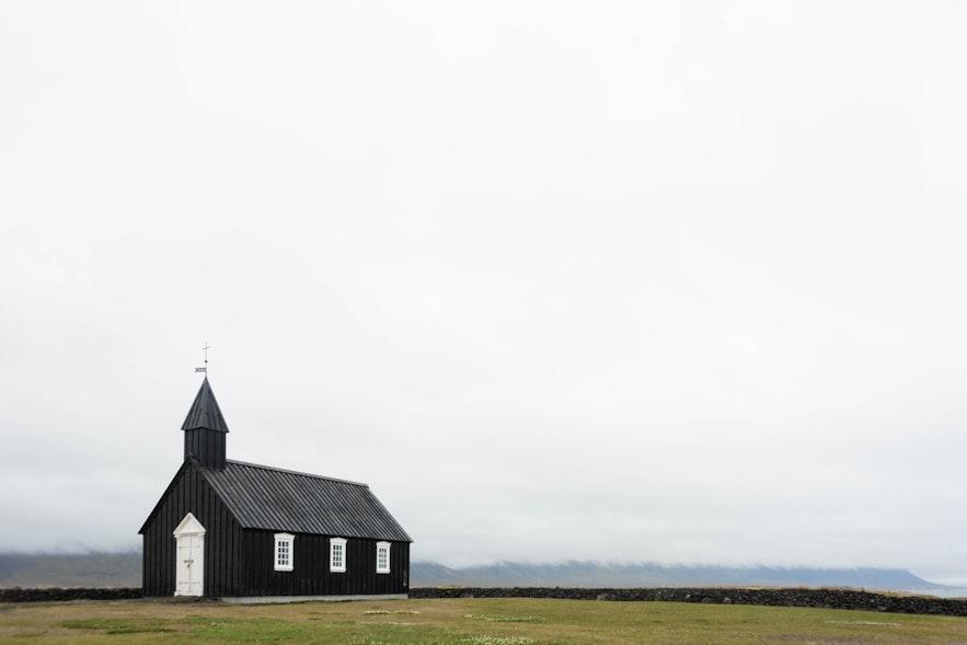 冰島布迪爾黑教堂