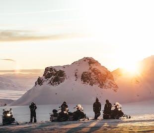 Schneemobilfahrt unter der Mitternachtssonne | ab Husafell