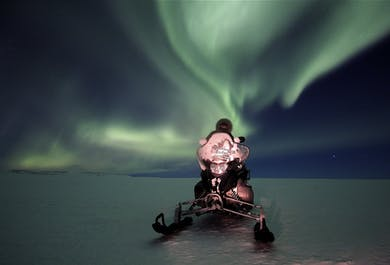 Schneemobilfahrt unter den Nordlichtern   ab Gullfoss