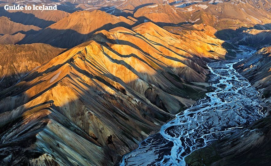Gentle rivers intercut the colourful hillsides of Landmannalaugar.