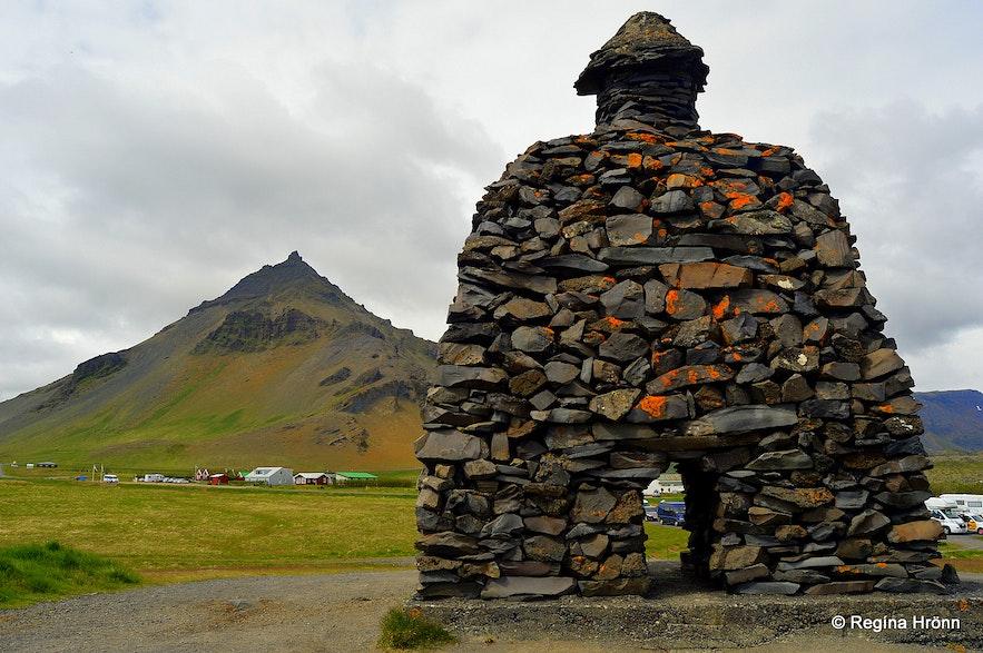 The Statue of Báður Snæfellsás at Arnarstapi