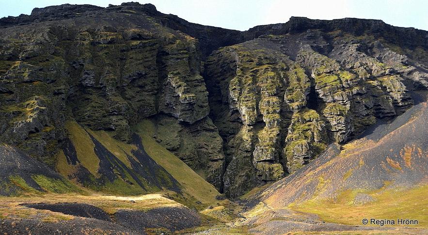Rauðfeldsgjá gorge Snæfellsnes