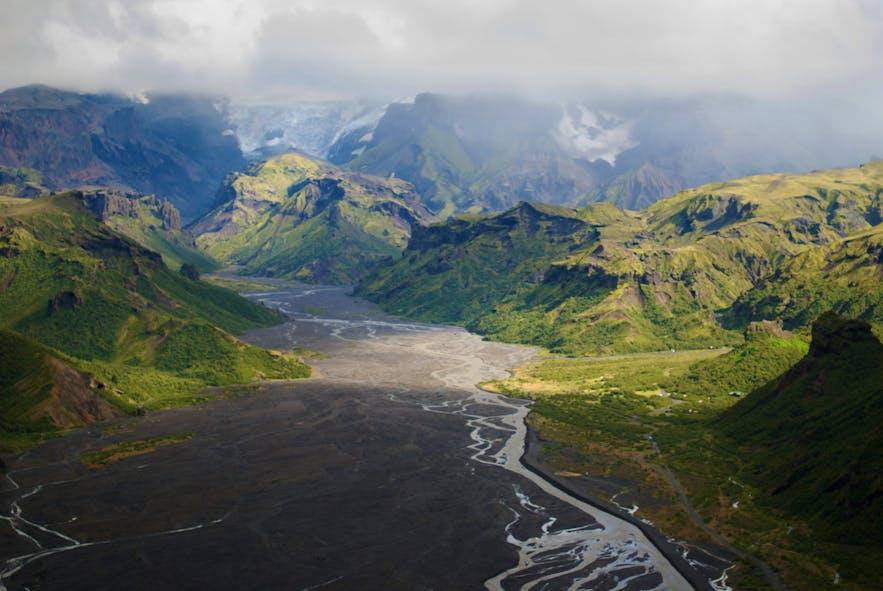 아이슬란드에서 가장 아름다운 고원지대 풍경 중 하나인쏘르스뫼르크