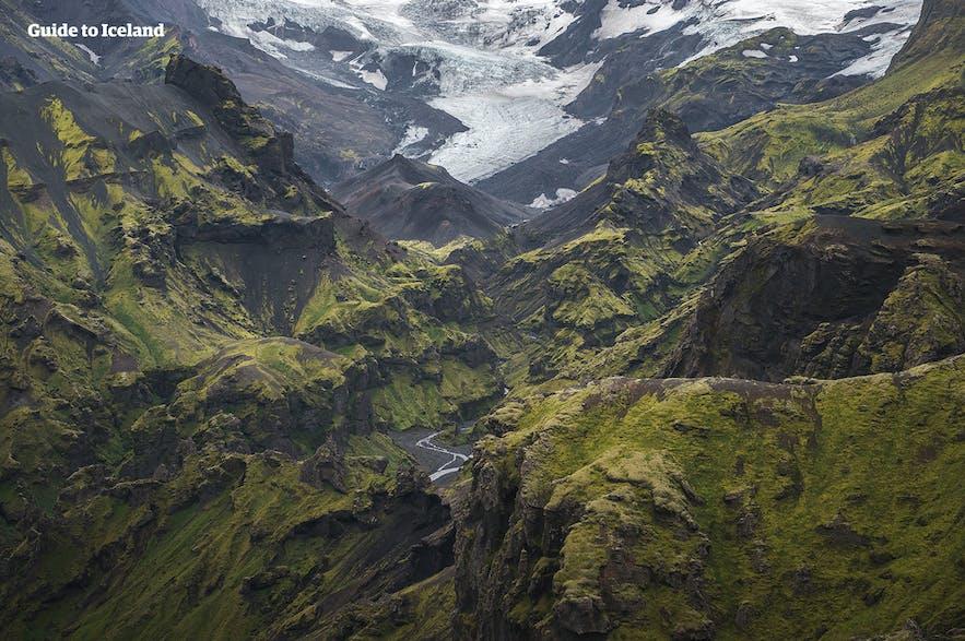 아이슬란드 남부 고원지대의 아름다운 쏘르스뫼르크 자연보호 구역