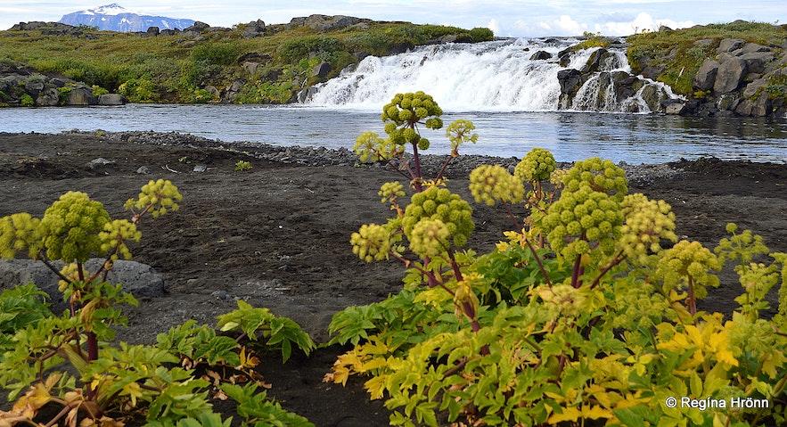 Gáski waterfall in Grafarlönd