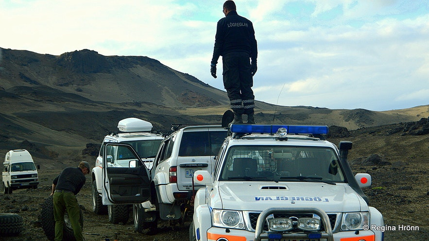 The Icelandic mountain police in the highland