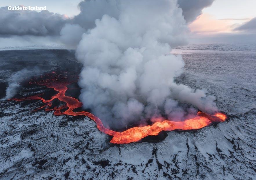 冰島胡勒漢火山爆發
