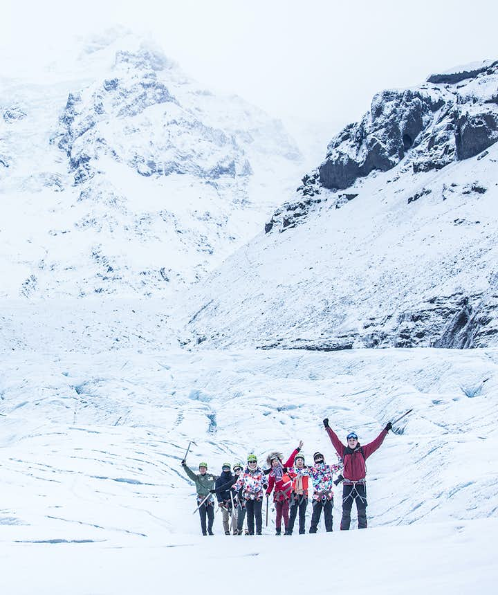 7 Crucial Tips for Group Travel in Iceland