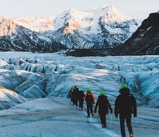 3 tours en 1 en paquete con descuento | Snorkel, cueva de hielo y senderismo en un glaciar