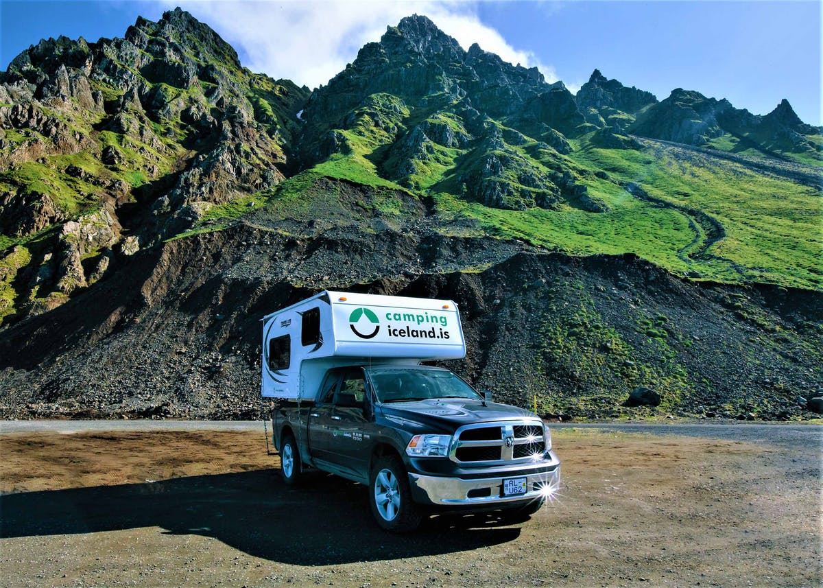 Camping Iceland hero image