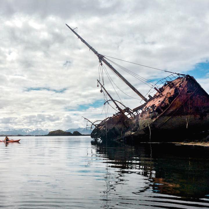布雷扎峡湾皮划艇旅行团   斯奈山斯蒂基斯霍尔米小镇集合,探秘千岛之域