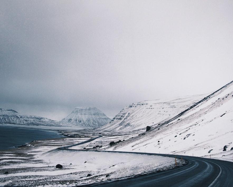 冰島冬季自駕路面