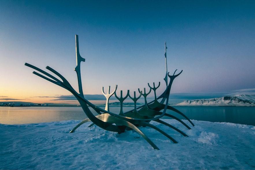 冰島太陽航行者雕塑