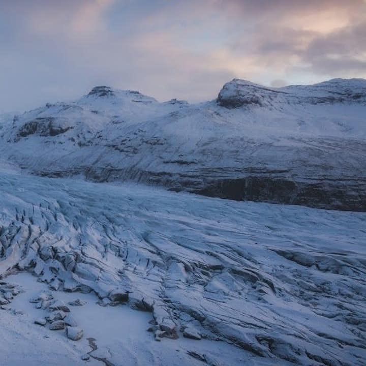 自驾冰岛特色旅行团优惠套票|火山内部遨游+索尔黑马冰川徒步+浮潜
