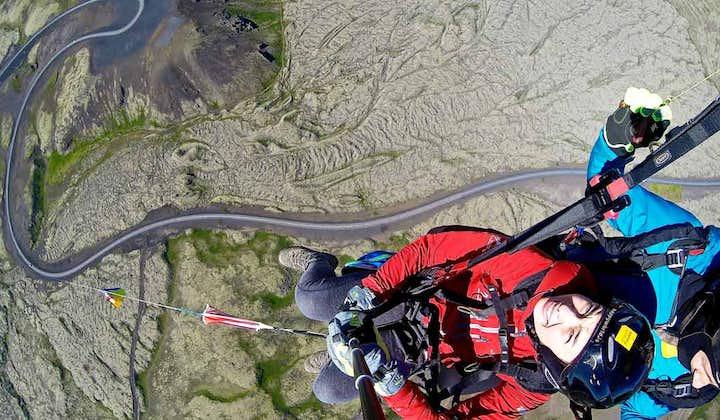텐덤 패러글라이딩 어드밴처   레이캬비크 주변 하늘을 날다(조종사와 함께 비행)