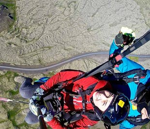 텐덤 패러글라이딩 어드밴처 | 레이캬비크 주변 하늘을 날다(조종사와 함께 비행)